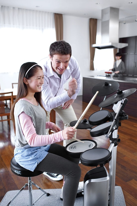 roland intros v drums lite hd 3 electronic drum kit namm12 piano and synth magazine. Black Bedroom Furniture Sets. Home Design Ideas
