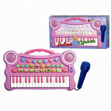 Electronic-keyboards-with-percussion-pads