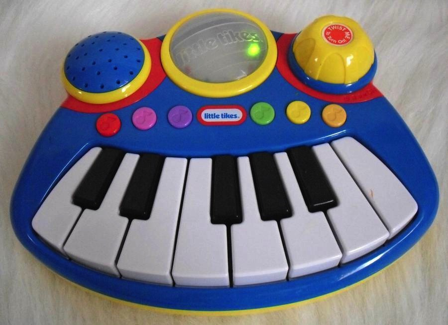 Little Tikes Light & Sound Musical Piano Keyboard
