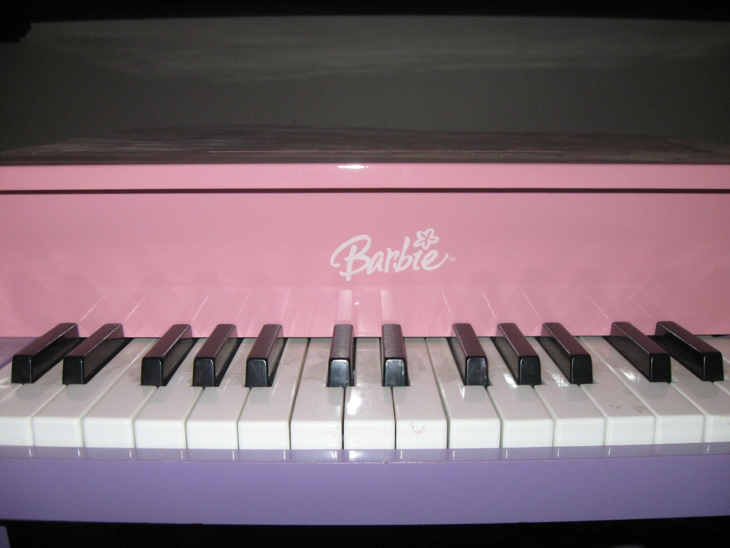 barbie-piano