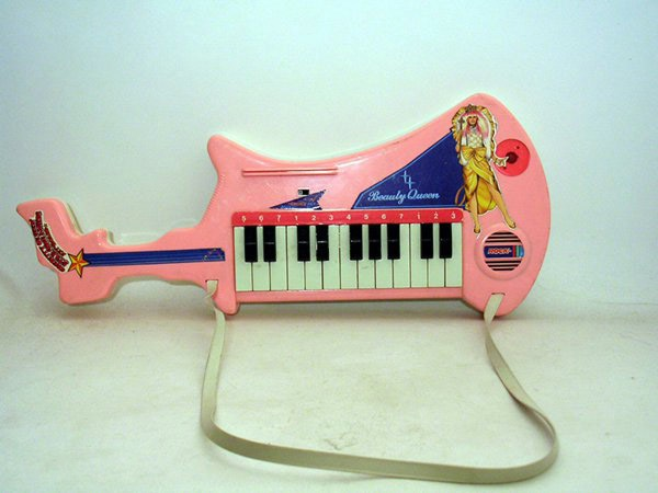 beauty-queen-keytar